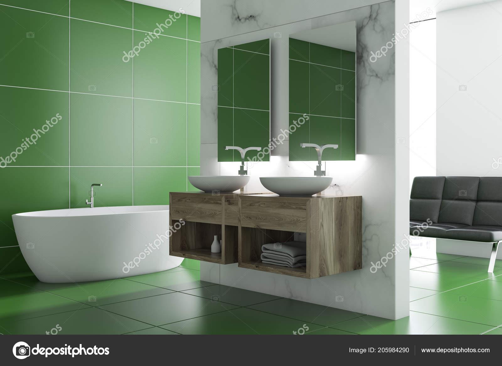 Grünen Fliesen Badezimmer Interieur Mit Einer Weißen Wanne Zwei ...