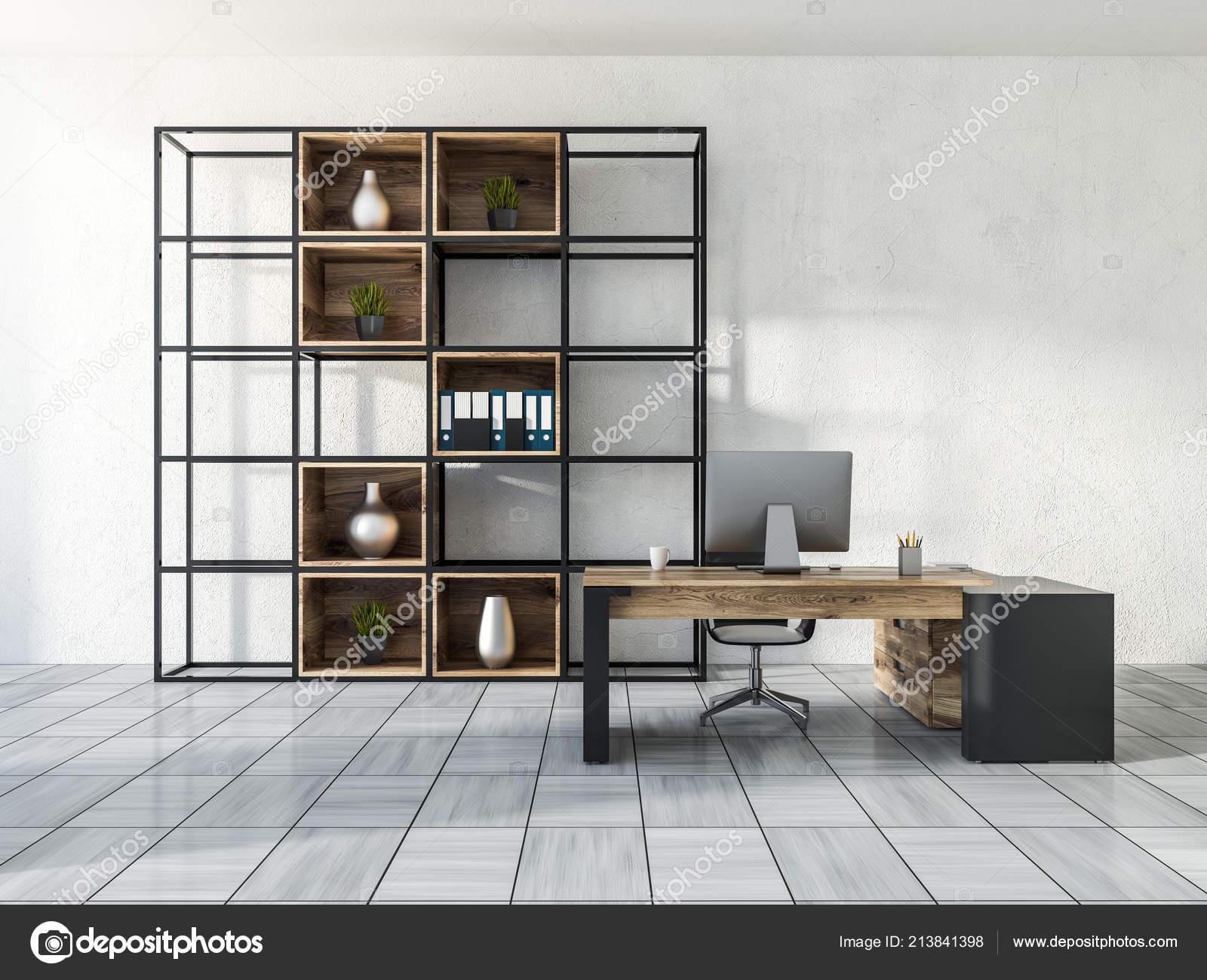 Interno ufficio gestione lusso con pareti bianche pavimento