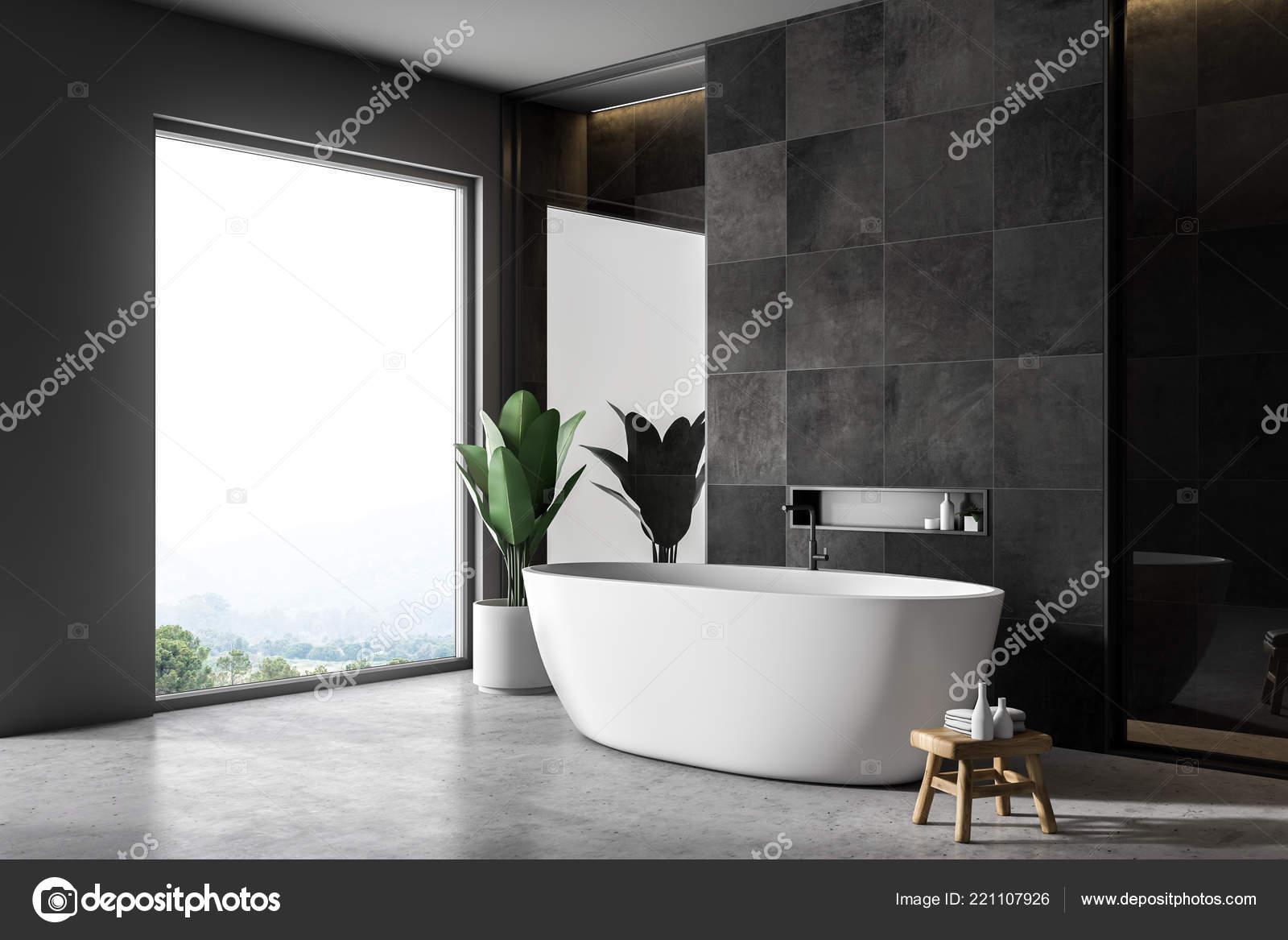 Bagni Piastrelle Nere : Interno del bagno moderno con piastrelle nere pareti pavimento