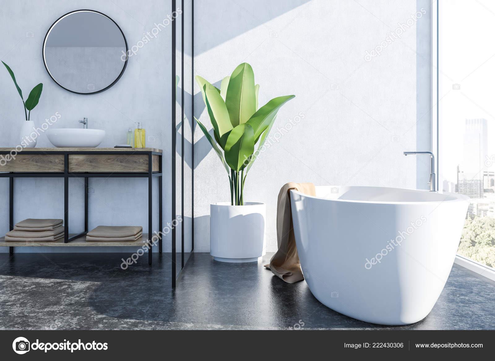 Luxus Badezimmer Interieur Mit Weißen Wänden Schwarzer Boden ...