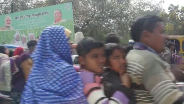 Dopravní zácpa v indické ulici