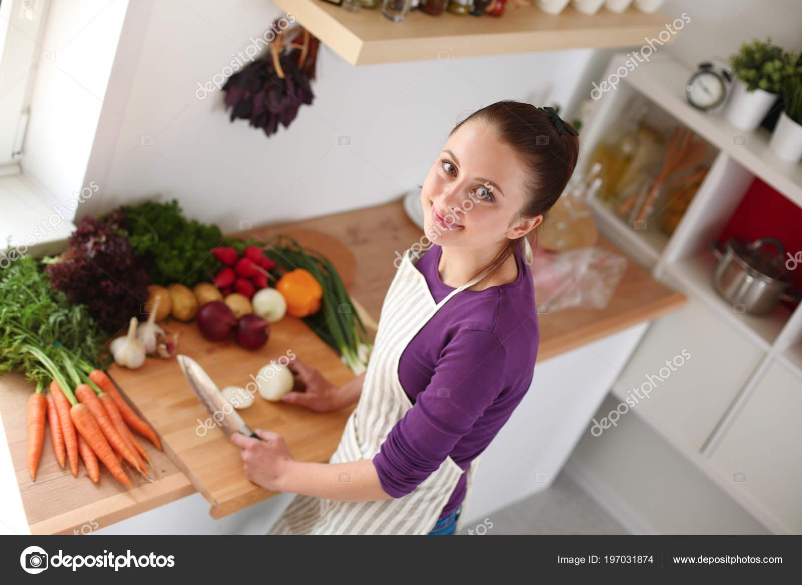 Трахнул сестру в кухне ей понравилось, Трахнул сестру на кухне -видео. Смотреть трахнул 18 фотография