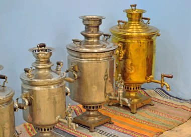 samovar of different shapes and types from track