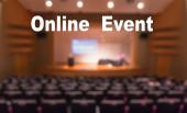 Online-Veranstaltungstext über verschwommenes Foto des Konferenzsaals oder Seminarraums ohne Teilnehmerhintergrund, Offline ist vorbei, Online-Übertragung und Fernsehübertragung ist neuer normaler, lebendiger Ausbruch