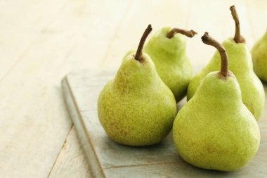 fresh ripe english pears