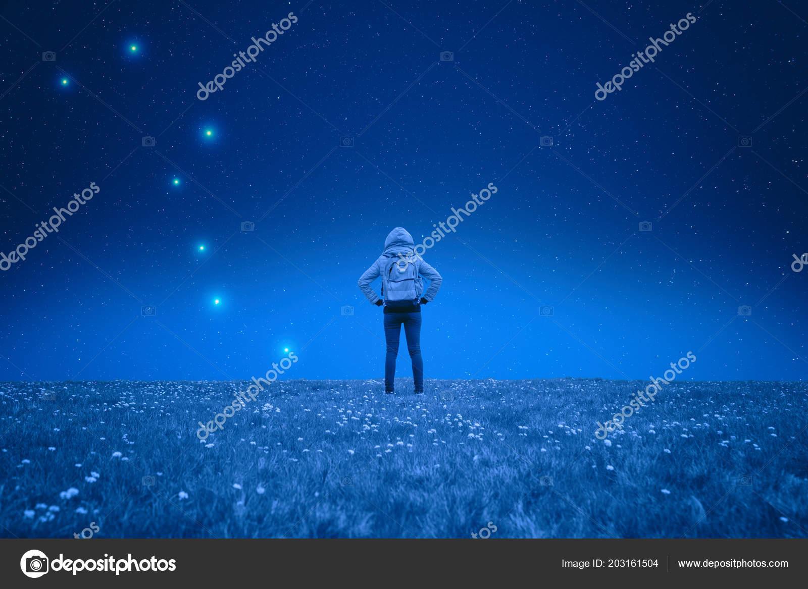 éjszakai lány