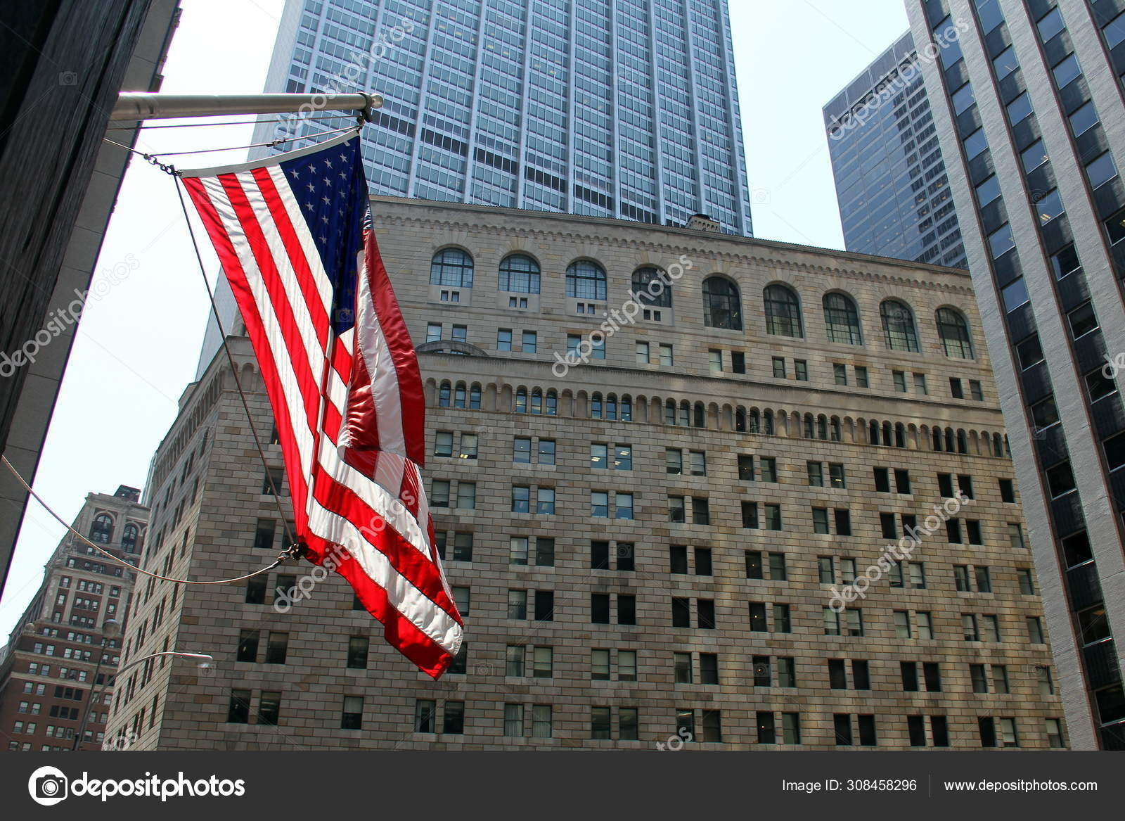 Flag Flying Background Facade Federal Reserve Building New York