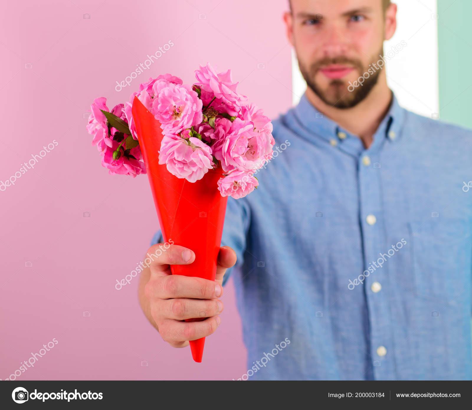 Schlagzeilen, um auf Dating-Seiten zu setzen