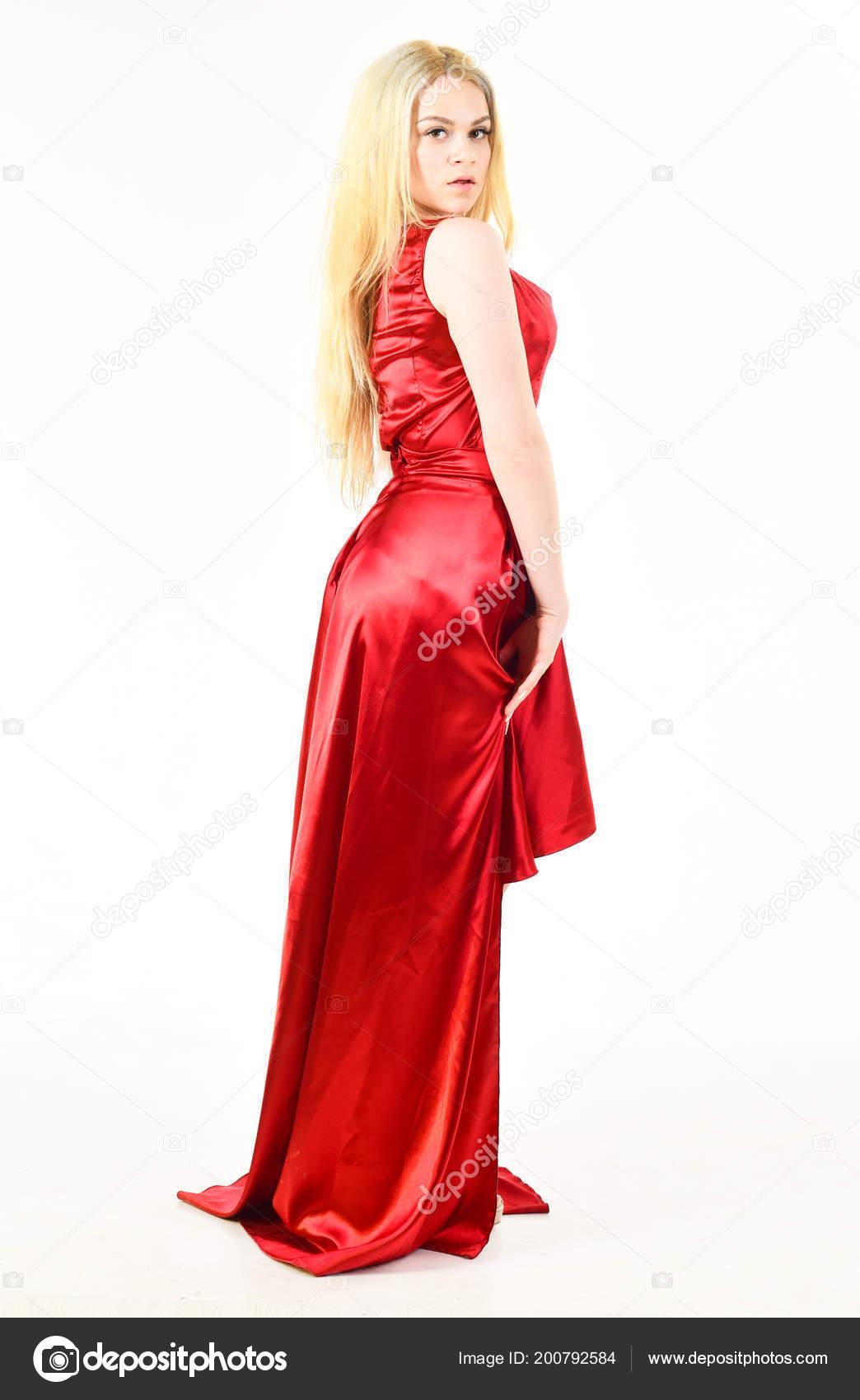 new product a12be 8cbe1 Concept de luxe de tenue. Dame porte une robe à la mode pour ...