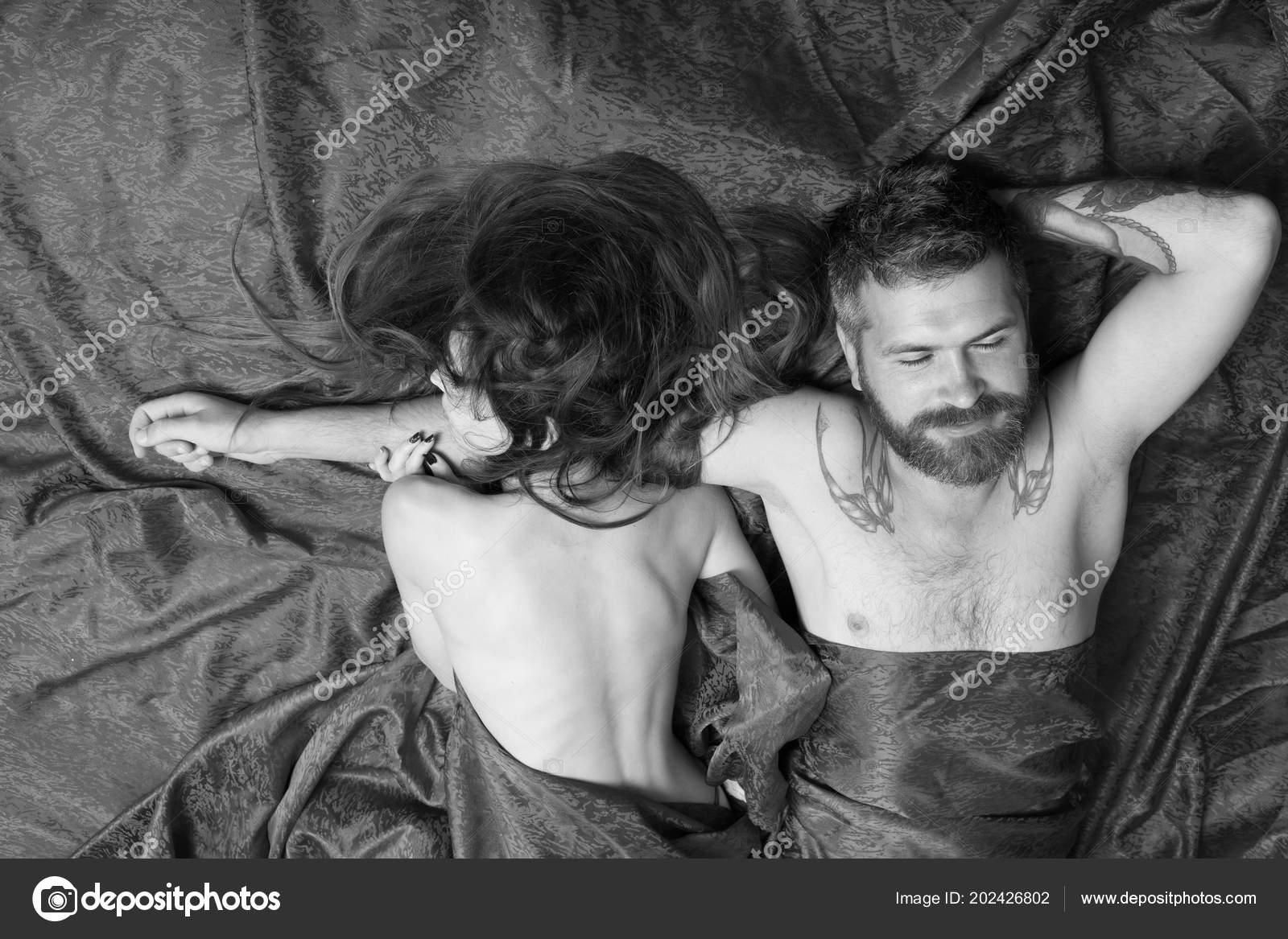 Фото Мужчины И Женщины Вместе Секс