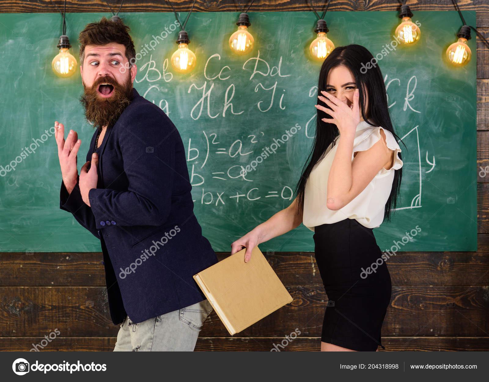 Студентки наказывают студентов — pic 2