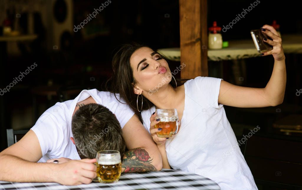 drunk-woman-many-men-tube-foppiano-petite-sirah-river-valley