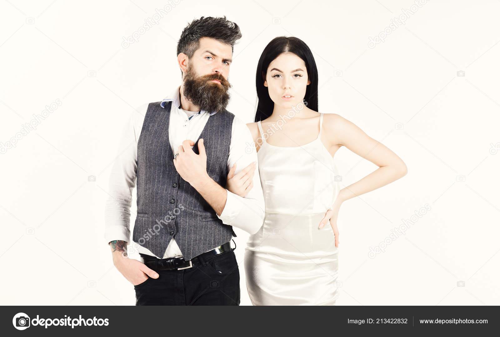 Hipster Matrimonio Uomo : Barbuto hipster con sposa vestito per la cerimonia nuziale. donna in