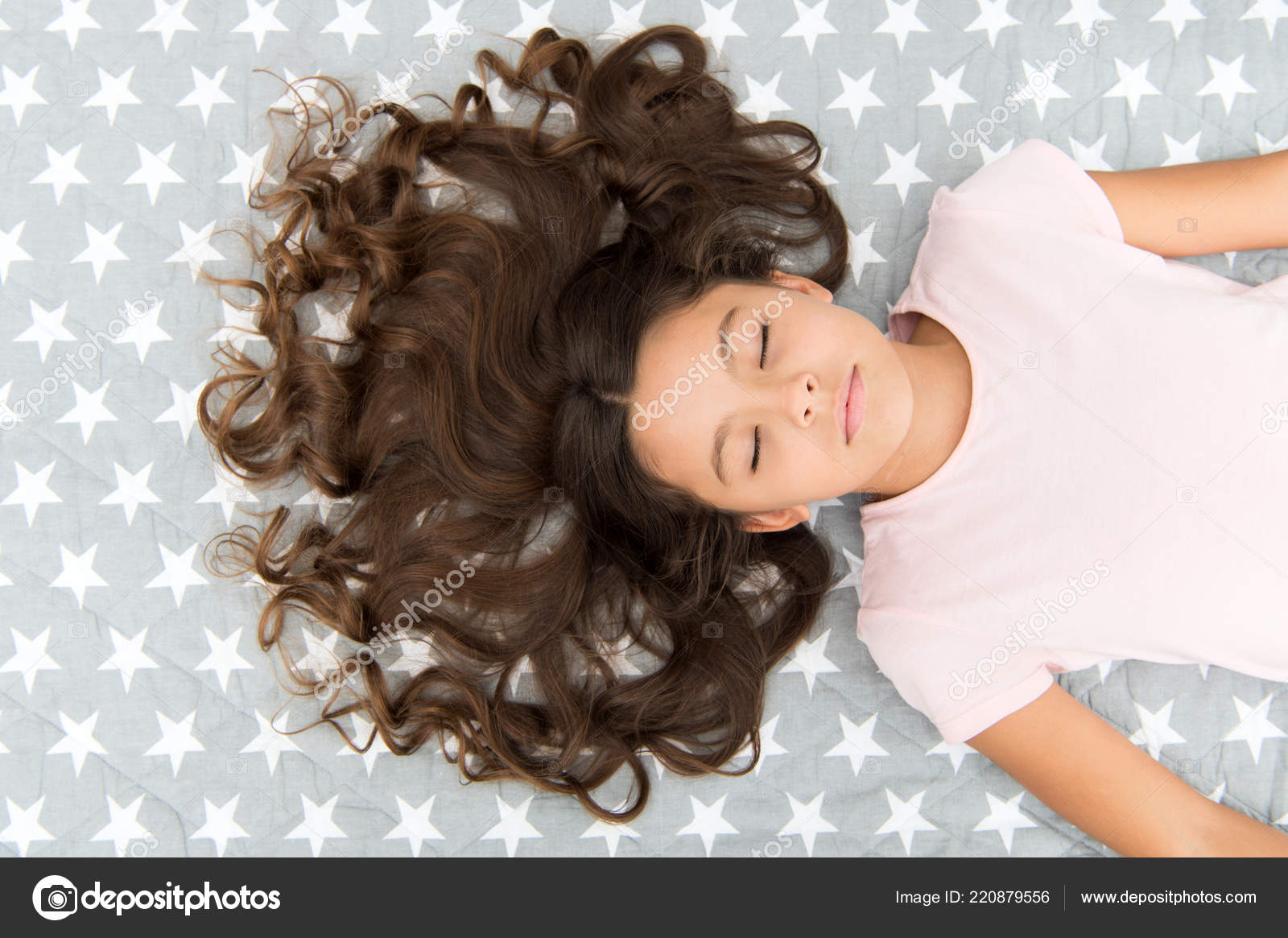 Childrens Hairstyles For Curly Hair Kid Perfect Curly Hairstyle Conditioner Mask Organic Oil Keep Hair Shiny And Healthy Amazing Curls Tips Make It Curly But Natural Girl Long Curly Hair Lay