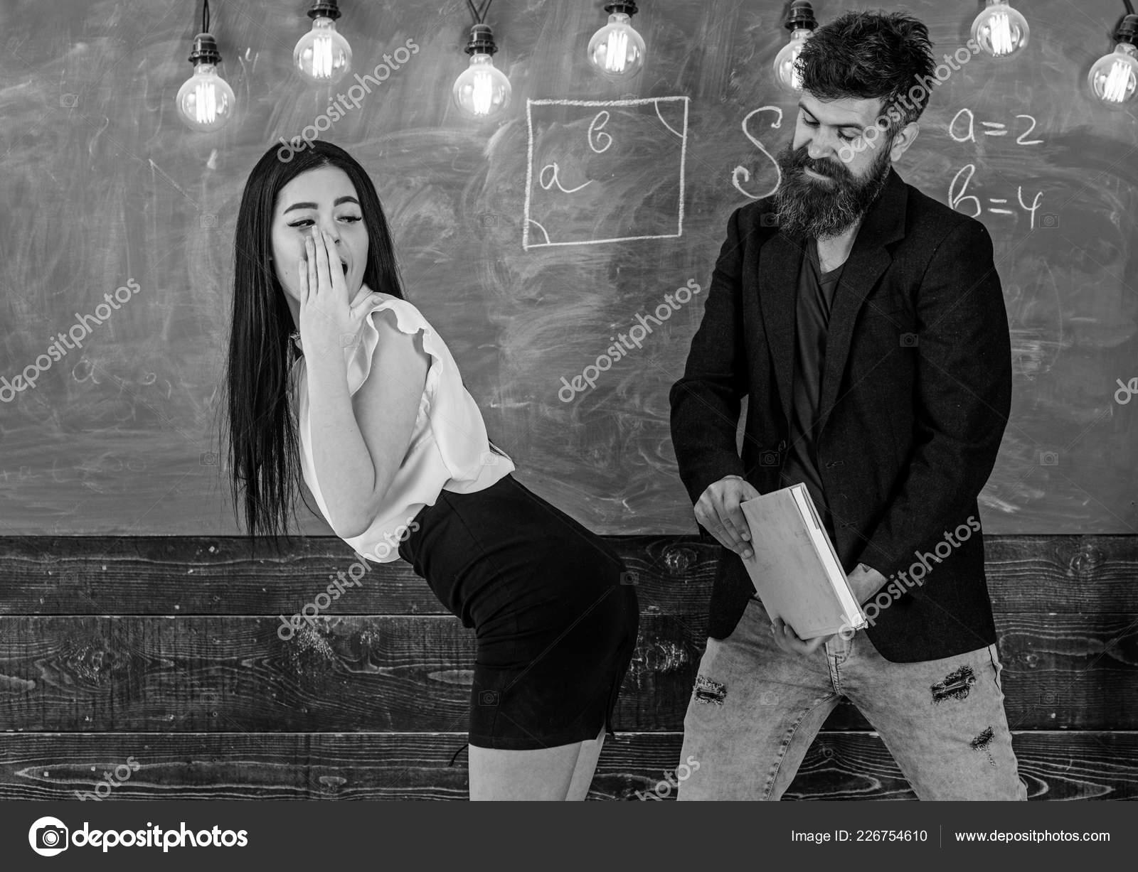 Развел студенток секс студентка и мужчина дамочки