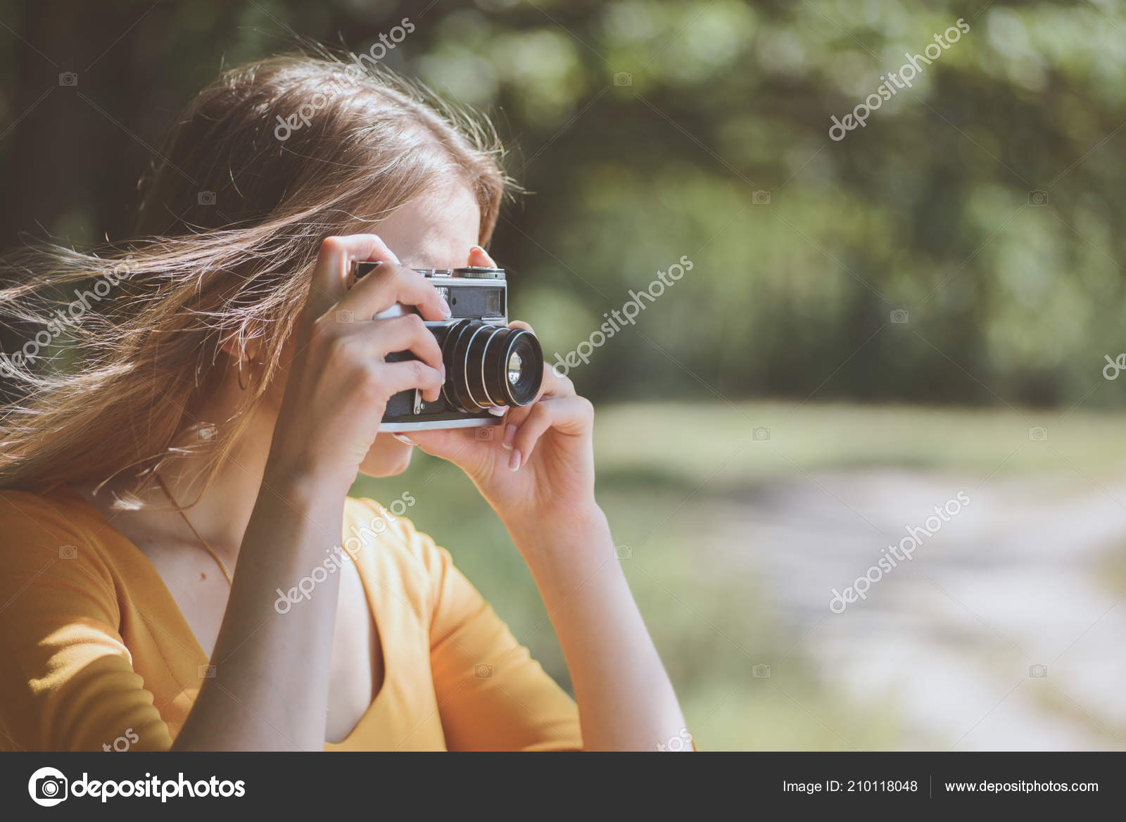 Cute Girl Camera Park — Stock Photo © olegkrugllyak #210118048