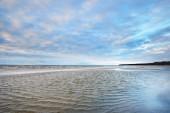 Fotografie Blauen Wolkenhimmel über die Ostsee, Estland