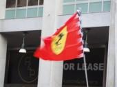 Milán, Itálie-29. srpna 2018: Výstava ve Formule 1 den v Miláně městském centru, s Ferrari (Vettel, Raikkonen) a Sauber Alfa Romeo (Leclerc, Ericsson), který řídí auto F1 mezi ulicemi