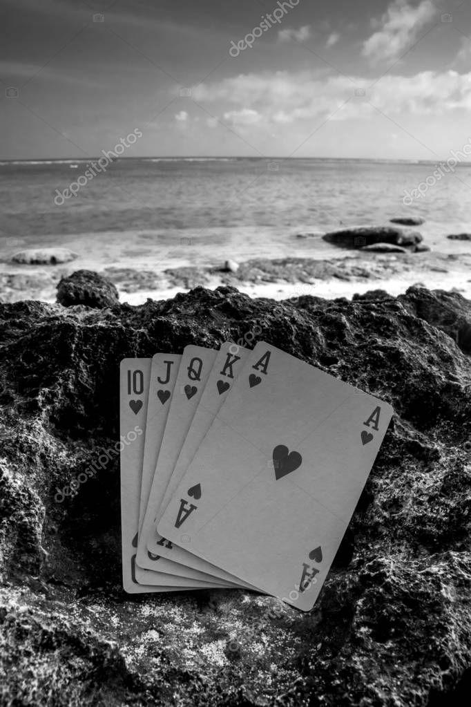 heart royal flush poker card black and white theme
