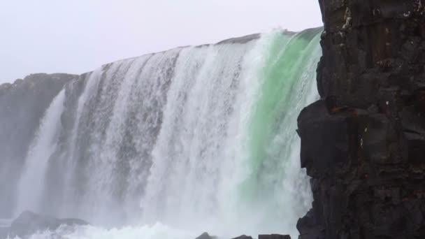 Thingverllir národní park vodopád Island zpomalení film close up