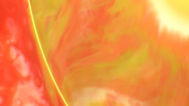Orange Red Stream absztrakt élelmiszer színű festék mozgó vagy áramló háttér. Absztrakt, színes élelmiszer színes tinta feloldja a tej felszínén művészi koncepció háttér. 4 k 3840 x 2160 nagyfelbontású felvételeket design