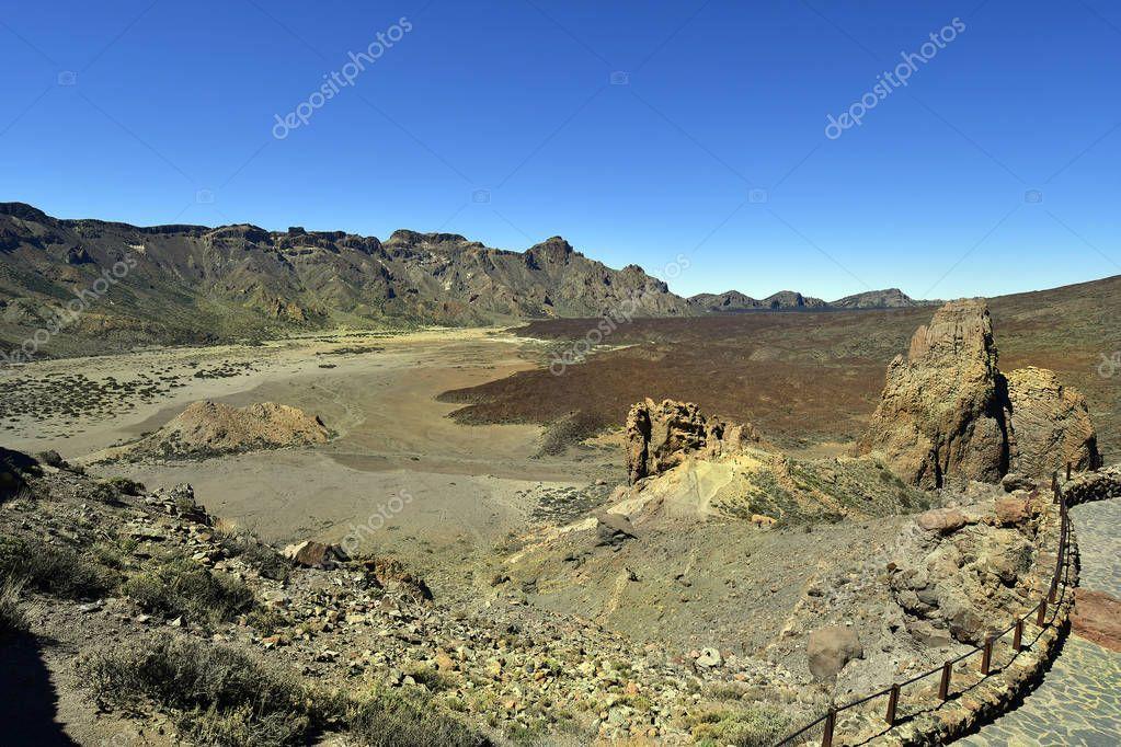 Spain, Canary Islands, Tenerife, Llano de Ucanca in Teide national park