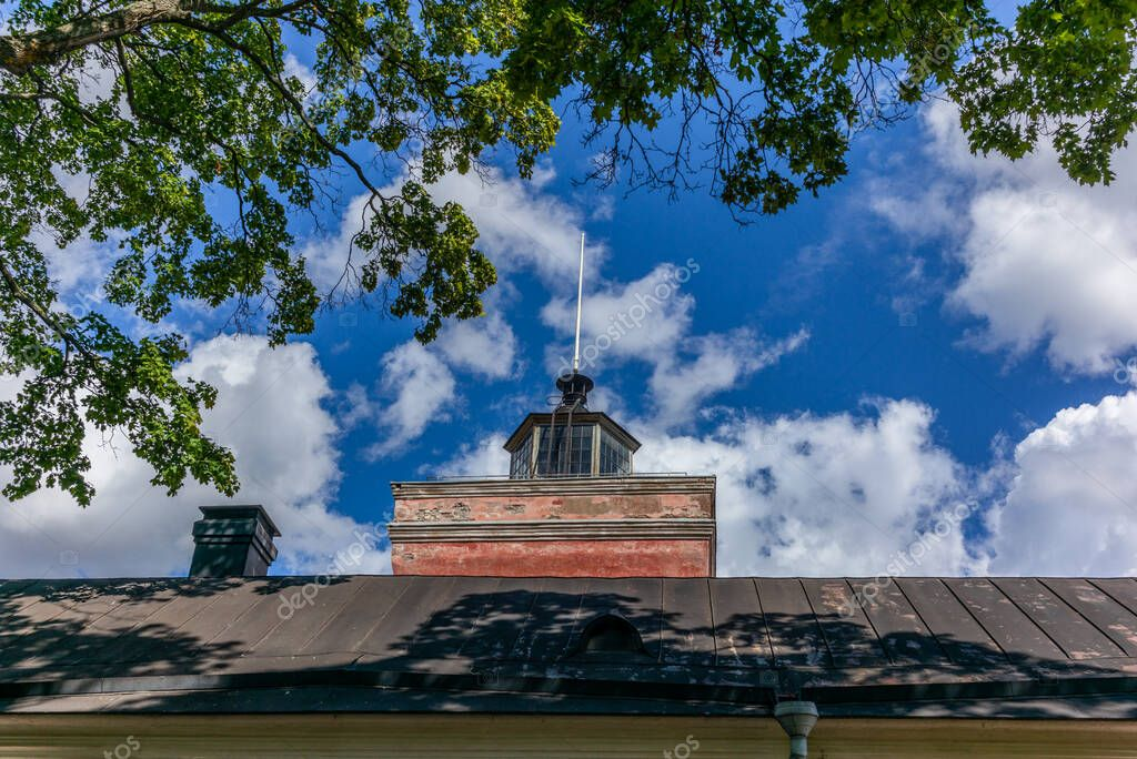 Фотообои The lighthouse on top of the Suomenlinna palace in Finland