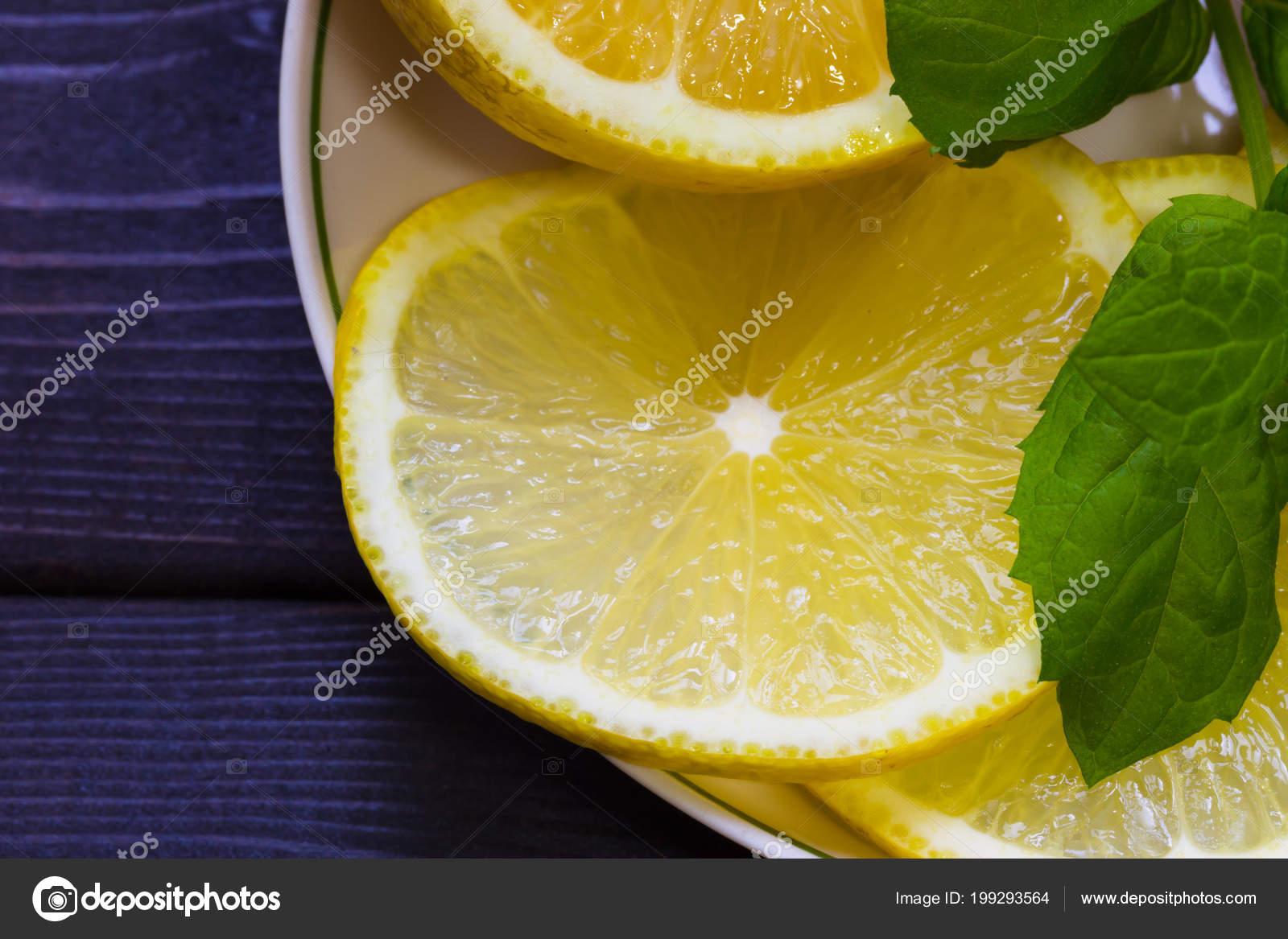 Лайм желтого цвета
