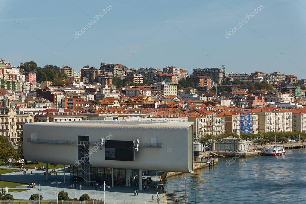 Swell Santander Spanien September 2017 Centro Botin Oder Botin Center Wiring Cloud Geisbieswglorg