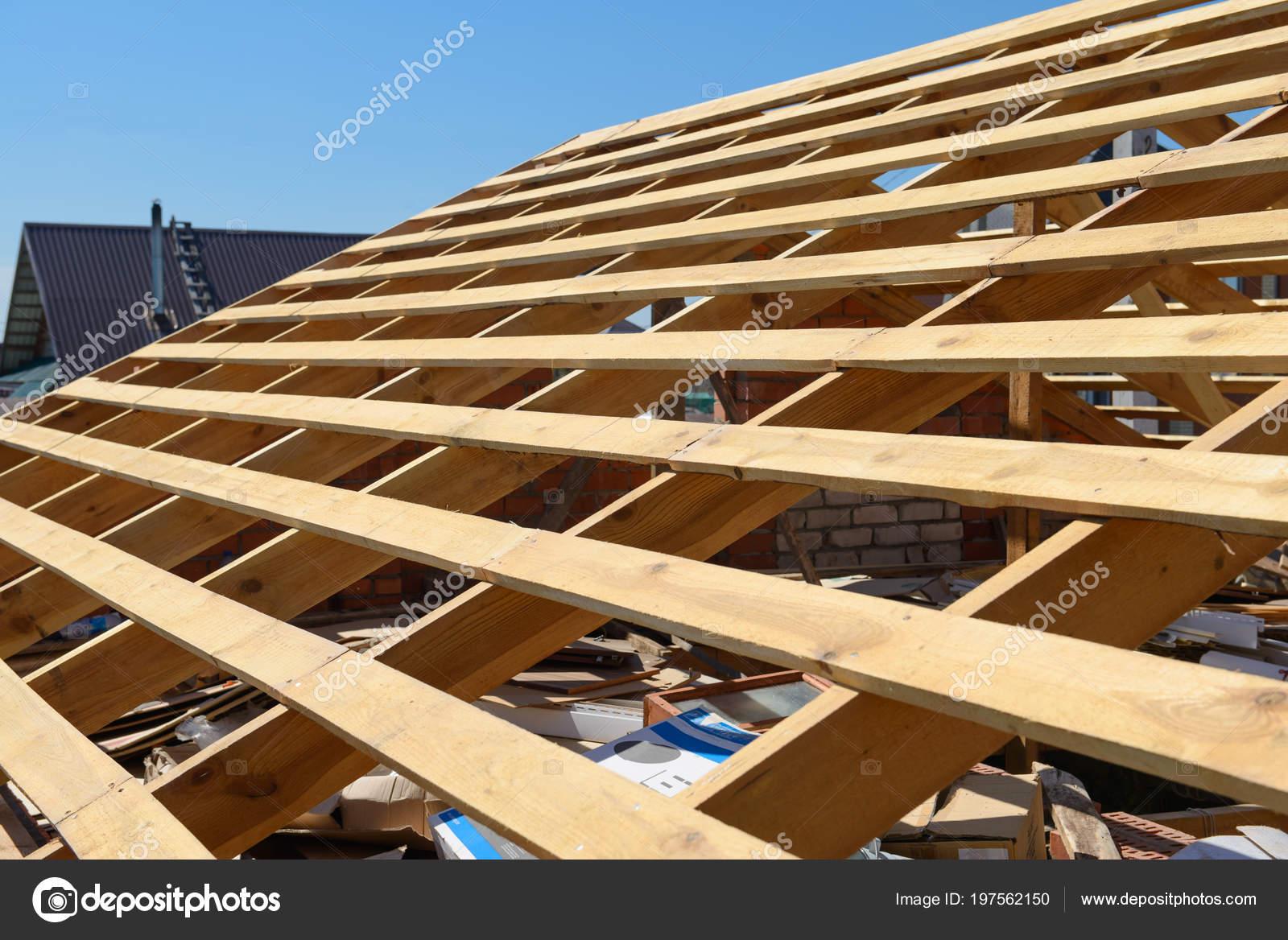 Construcción Nuevo Marco Azotea Casa — Fotos de Stock © alexnikit ...