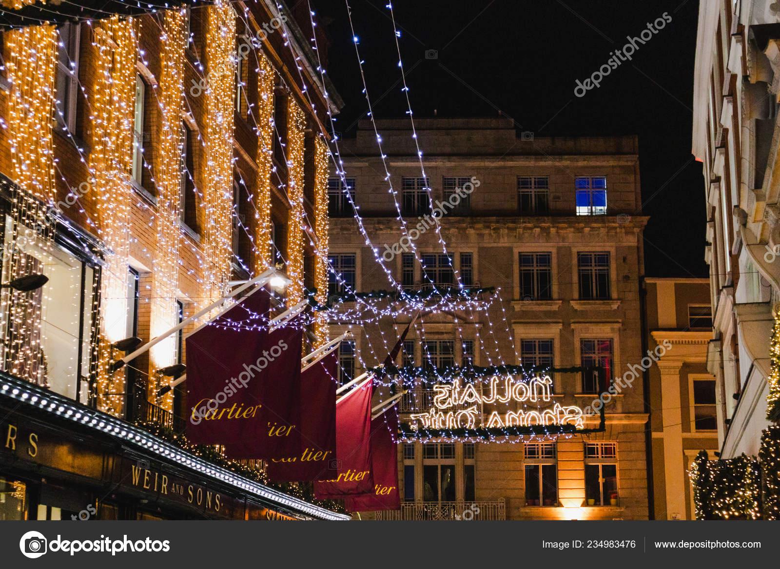 Christmas In Dublin Ireland.Dublin Ireland December 19th 2018 Christmas Decorations