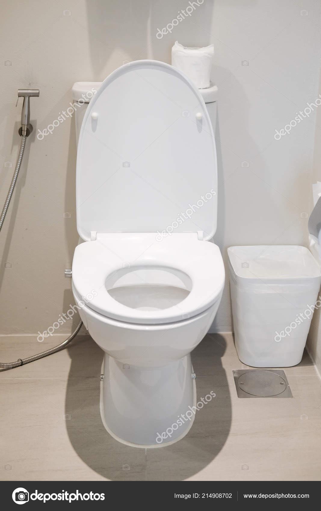 Weiße Toilette Modernen Haus Reinigung Toilette — Stockfoto ...