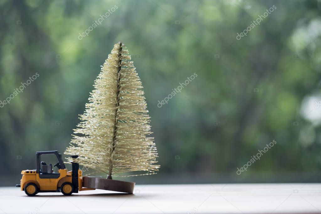 Forklift truck toy with Christmas tree