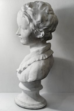 Plaster head model cast for drawing and perspective on fine art lessons at studio