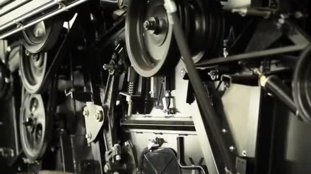 Detail česání kombajn provozní