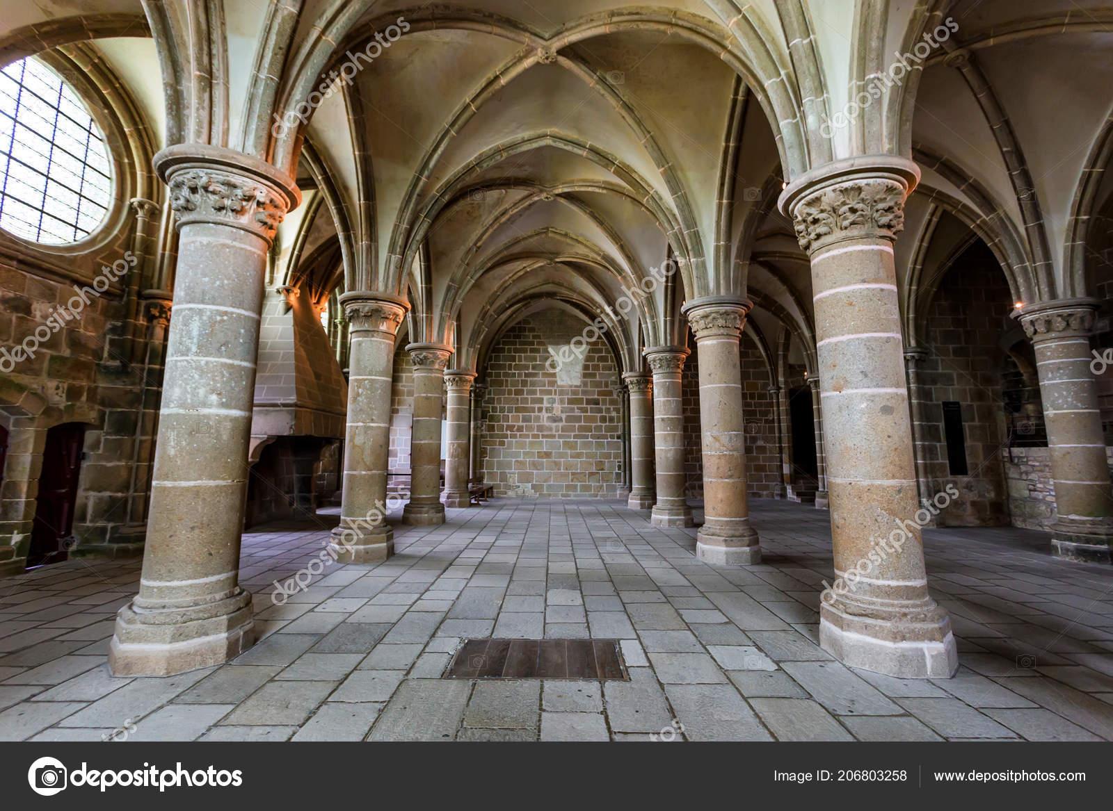 Innenraum Der Mittelalterlichen Abtei Mont Saint Michel Frankreich