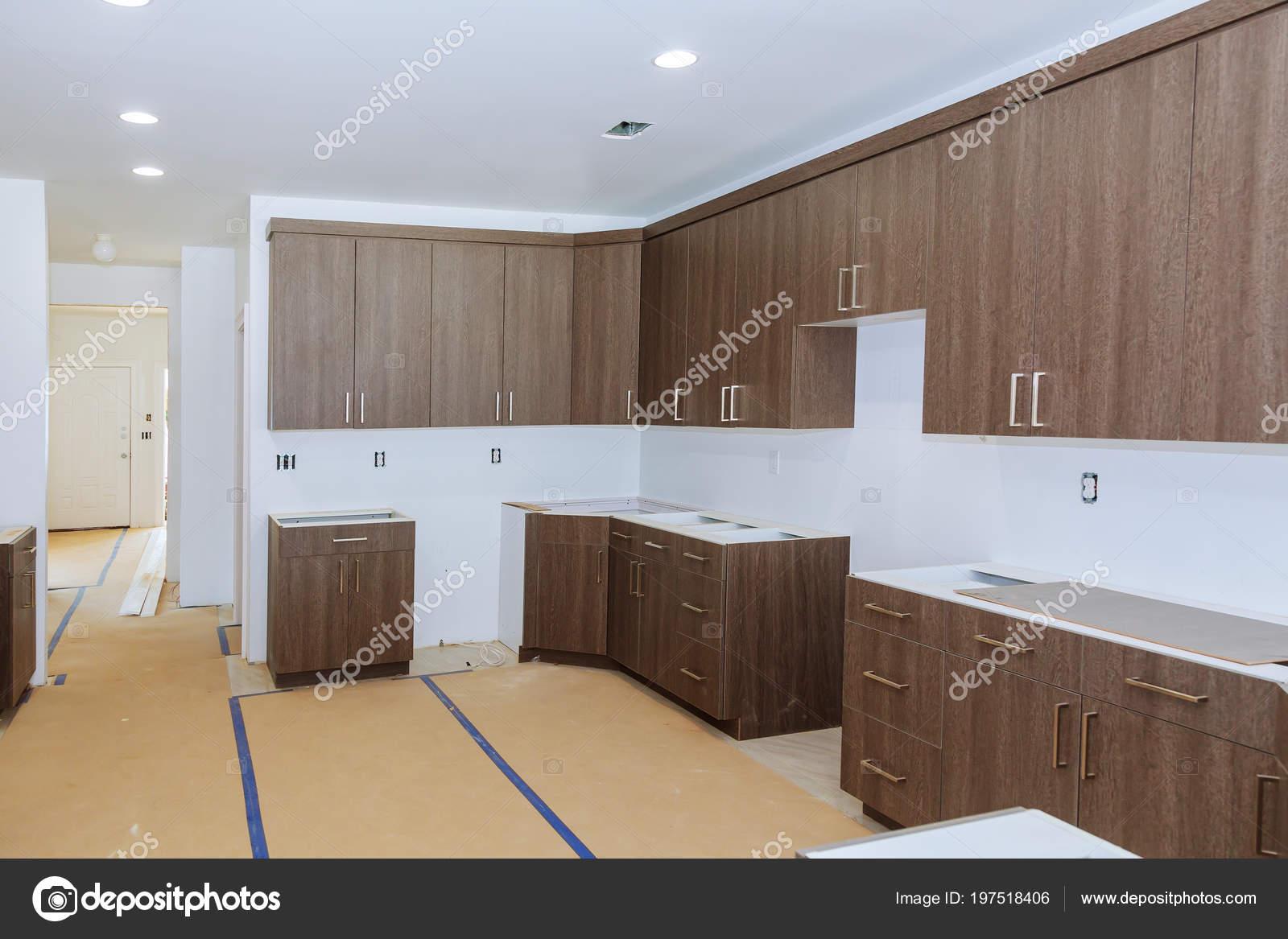 Instalado nuevo encargo gabinetes cocina madera con for Decoracion de gabinetes de cocina