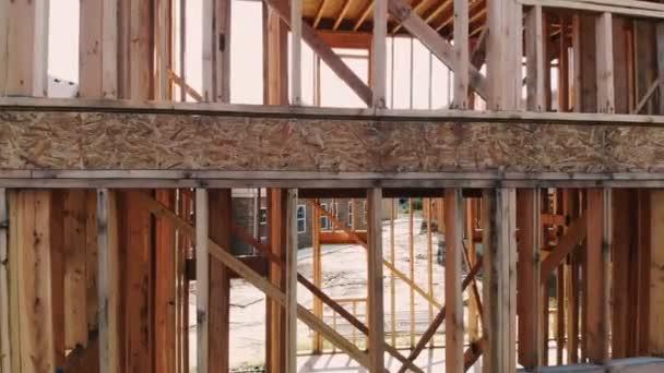 Dům dřevostavby pro postupující domu nový rozvoj dřevo
