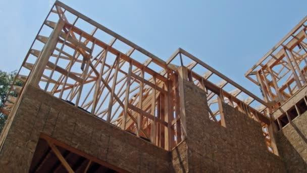 Rahmenstruktur Holzrahmen von Holzhäusern zu Hause Nahaufnahme neue Stick gebaut Haus im Bau unter