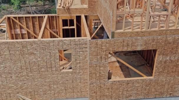 Holzbaurahmen beim Mehrfamilienhausbau
