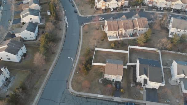 Tekintettel a lakóövezet felett tetők otthonok