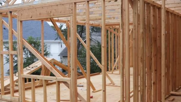 Innenausbau eines neuen Hauses im Bau