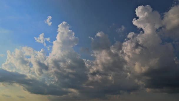 Amazing time lapse of good weather white fluffy clouds in the blue sky view of timelapse
