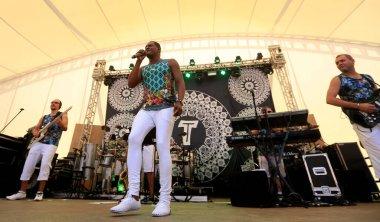 salvador, bahia / brazil - august 7, 2016: Tatau, vocalist of the band Araketu is seen during presentation at Parque da Cidade in Salvador. *** Local Caption ***