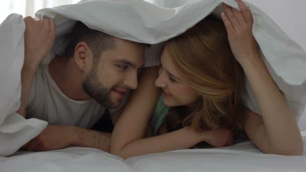 Krátke sukne sex videa