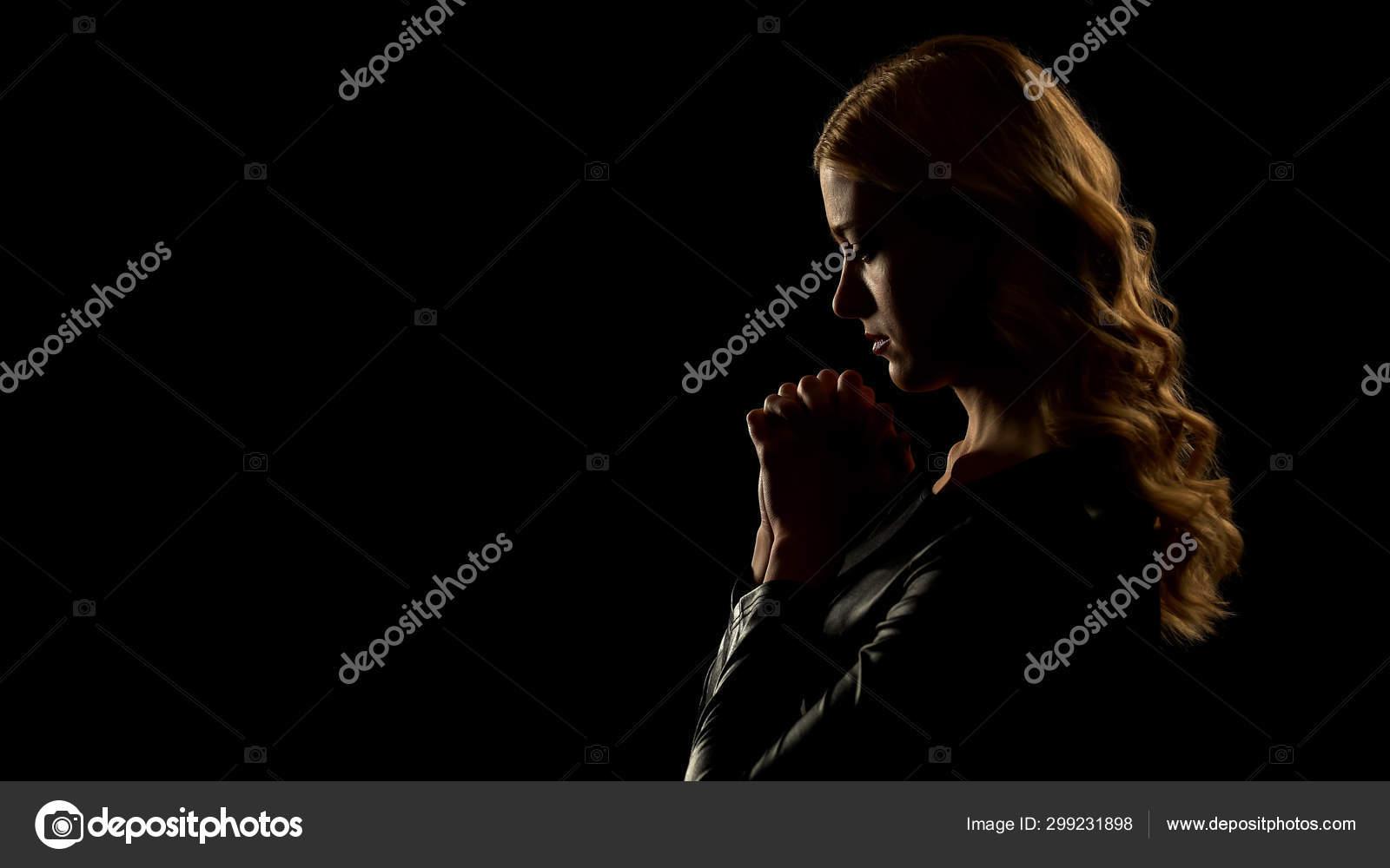 Oscura confesión: esposando la sombra & denunciando el vicario de Dios