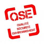 Razítka s textem prostředí, zdraví a bezpečnost nazývá Qse ve francouzštině