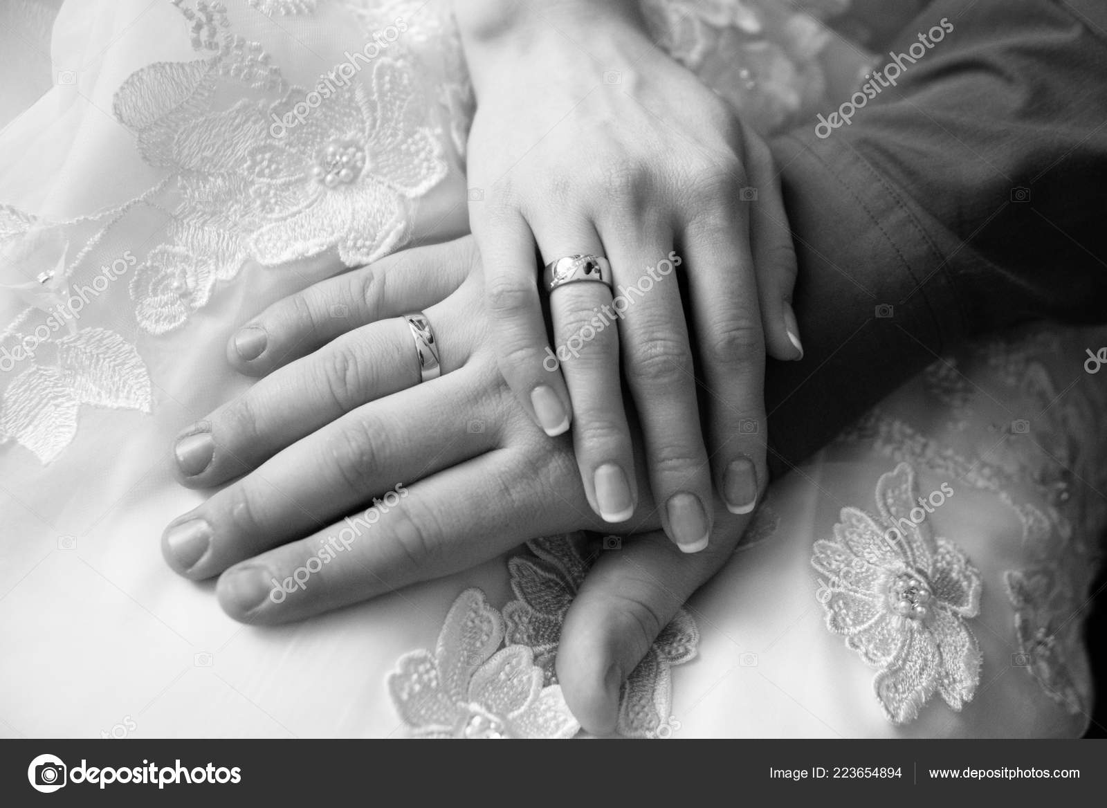 Black White Wedding Photo Hands Wedding Ring Rings Hands Couple
