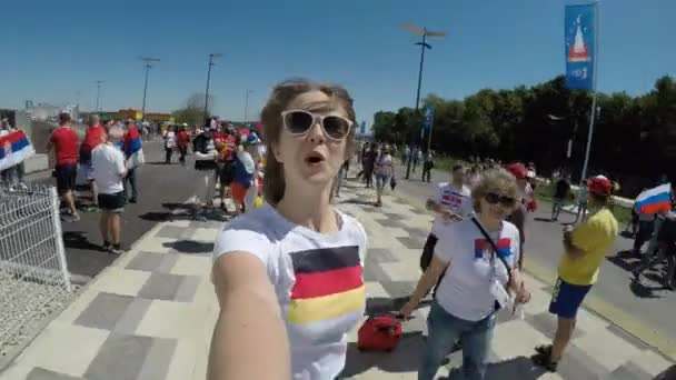 Samara, Rusko - 06.17.2018: Krásné Germain fotbalový fanoušek