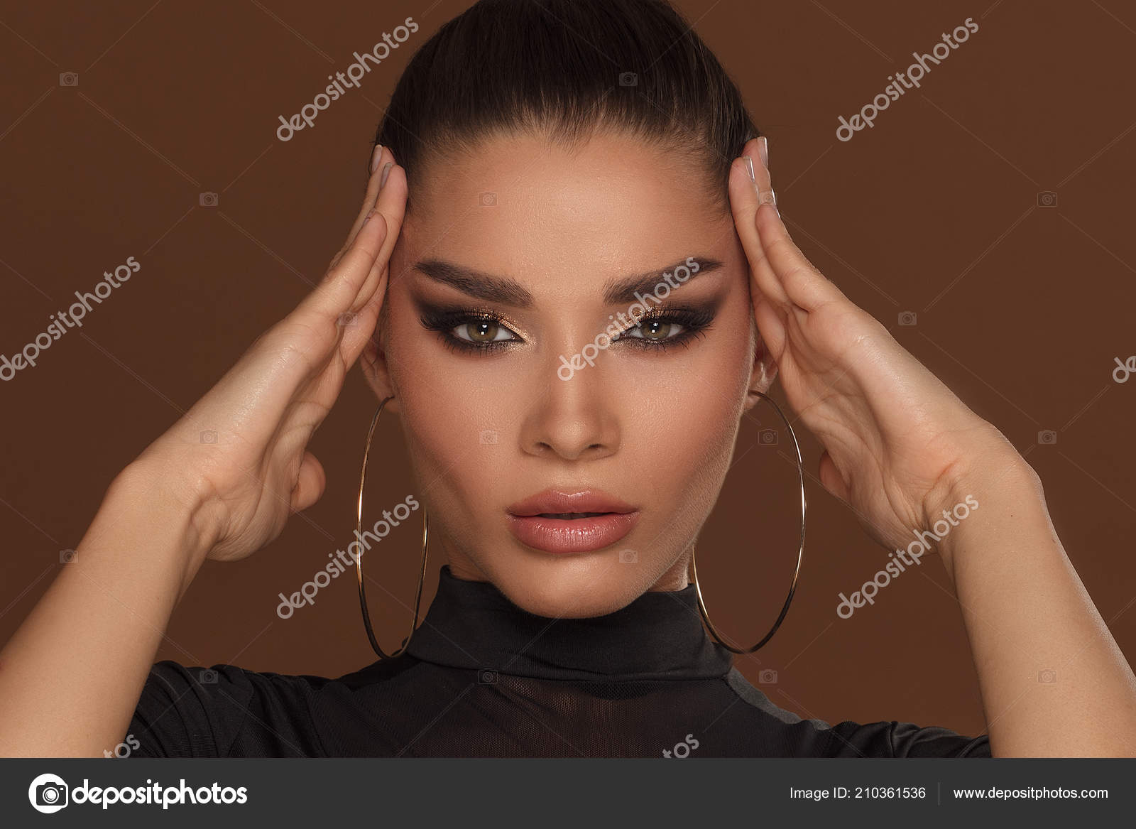 Beauty Portrait Face Beautiful Woman Glamour Golden Makeup